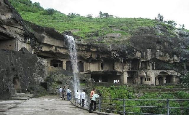 Gua Budha Ellora Negara Bagian Maharashtra, India.