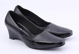 trend sepatu wanita kerja modis,sepatu kerja wanita sintetis,gambar sepatu kantor wanita hak 3cm,sepatu kerja hitam wanita,grosir sepatu kerja wanita murah online,toko sepatu kerja wanita online jakarta