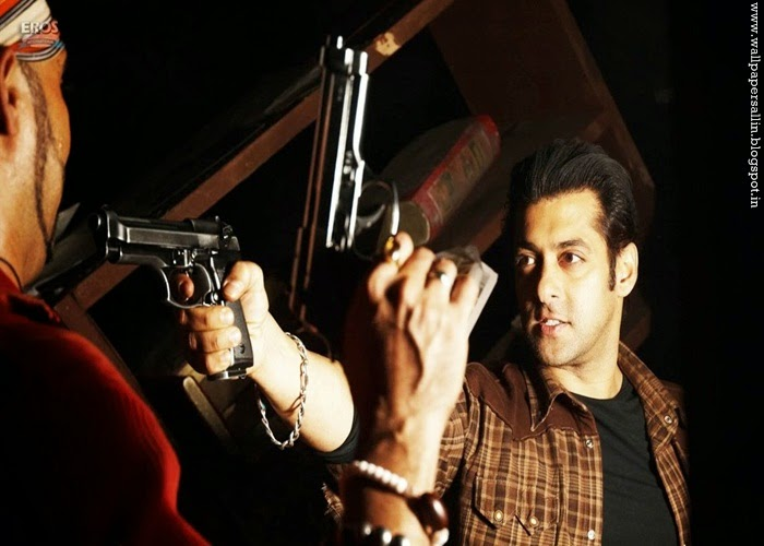 salman khan in wanted wallpapers