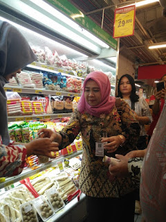 Sidak Mamin Jelang Nataru, Walikota Tunjukkan Hasil Rapid Test Dinkes