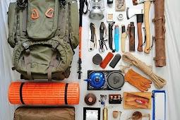 11 perlengkapan alat untuk naik gunung yang wajib dibawa