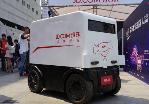 Tinuku JD.com, SAIC and Dongfeng partnered on autonomous delivery vans