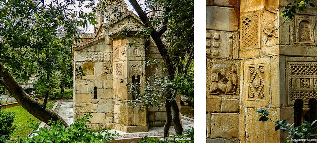 Capela de Agios (Santo) Eleftherios, do Século 13, no jardim ao lado da Catedral de Atenas