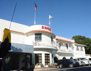DNCD entrega tres dominicanos y a un estadounidense pedidos en extradición por los Estados Unidos