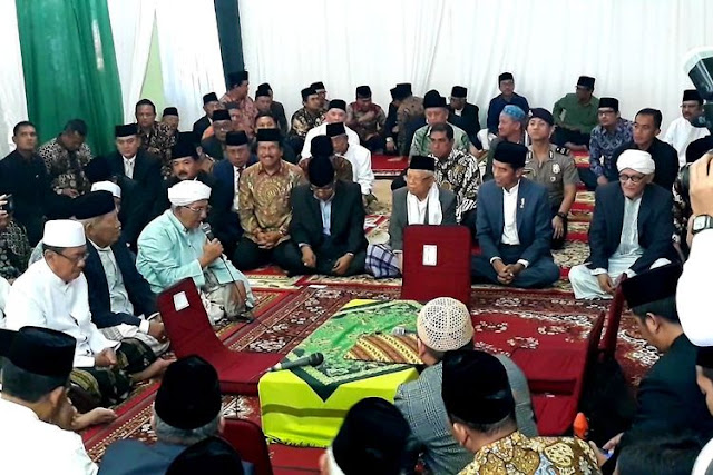 Jokowi dan Kiai Ma'ruf Jadi Saksi Pernikahan Putri Sulung Rais Aam PBNU di Surabaya