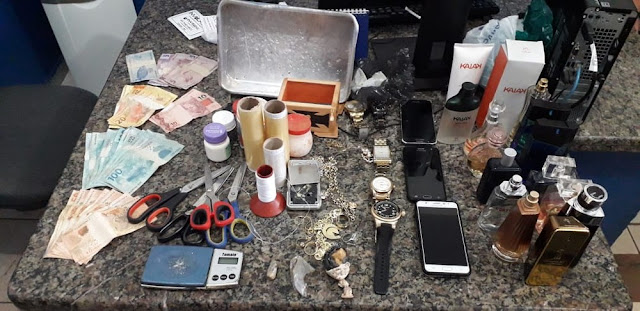 Família é presa suspeita de tráfico de drogas em Cacoal