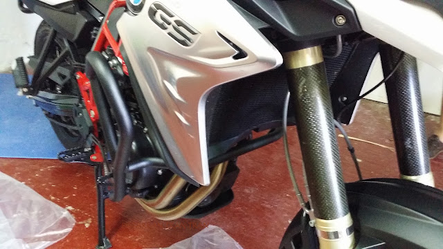 Montaje Defensas Puig para BMW F800 GS
