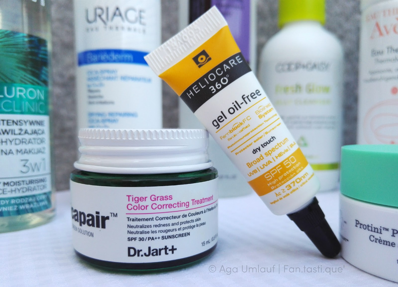 My favourite skincare products: The Dr. Jart+ Tiger Grass Color Correcting Treatment and the Heliocare 360 gel oil-free sunscreen with SPF 50