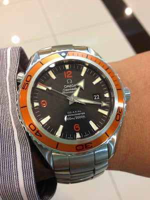 http://westernwatch.blogspot.com/2014/02/omega-seamaster-planet-ocean-co-axial.html
