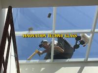 Void Dengan Atap Kaca Menjadikan Ruang Lebih Lapang