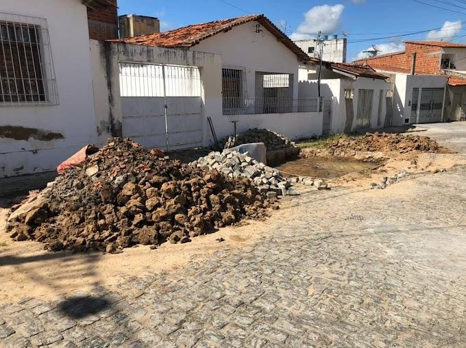 Moradores da Travessa Artur Moraes pedem celeridade por parte da Prefeitura de Jequié