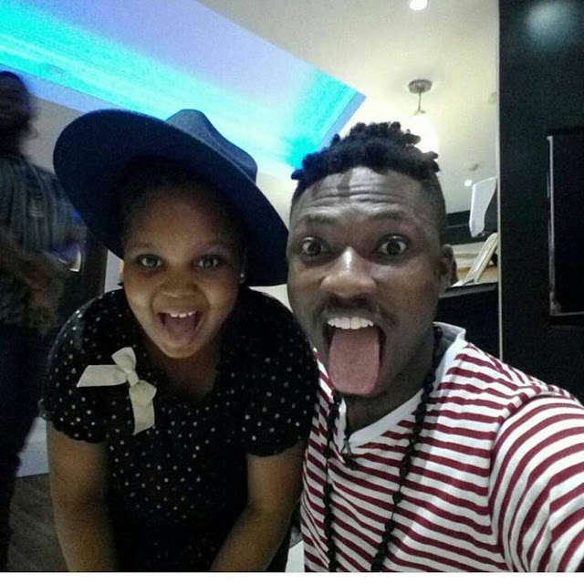 Efe shares cute photo with Bisola's daughter
