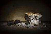 moltiplicazione dei pani e dei pesci pane spezzato vangelo gesù compassione
