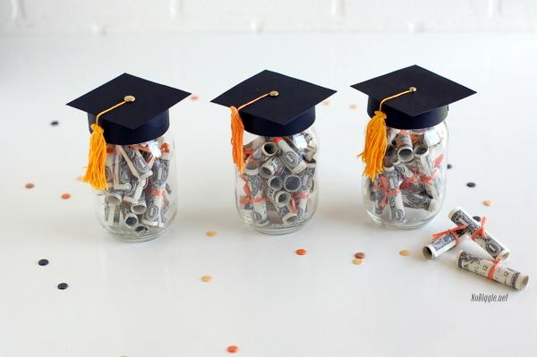 sapka-mezuniyet-kavanoz-dolar-hediye