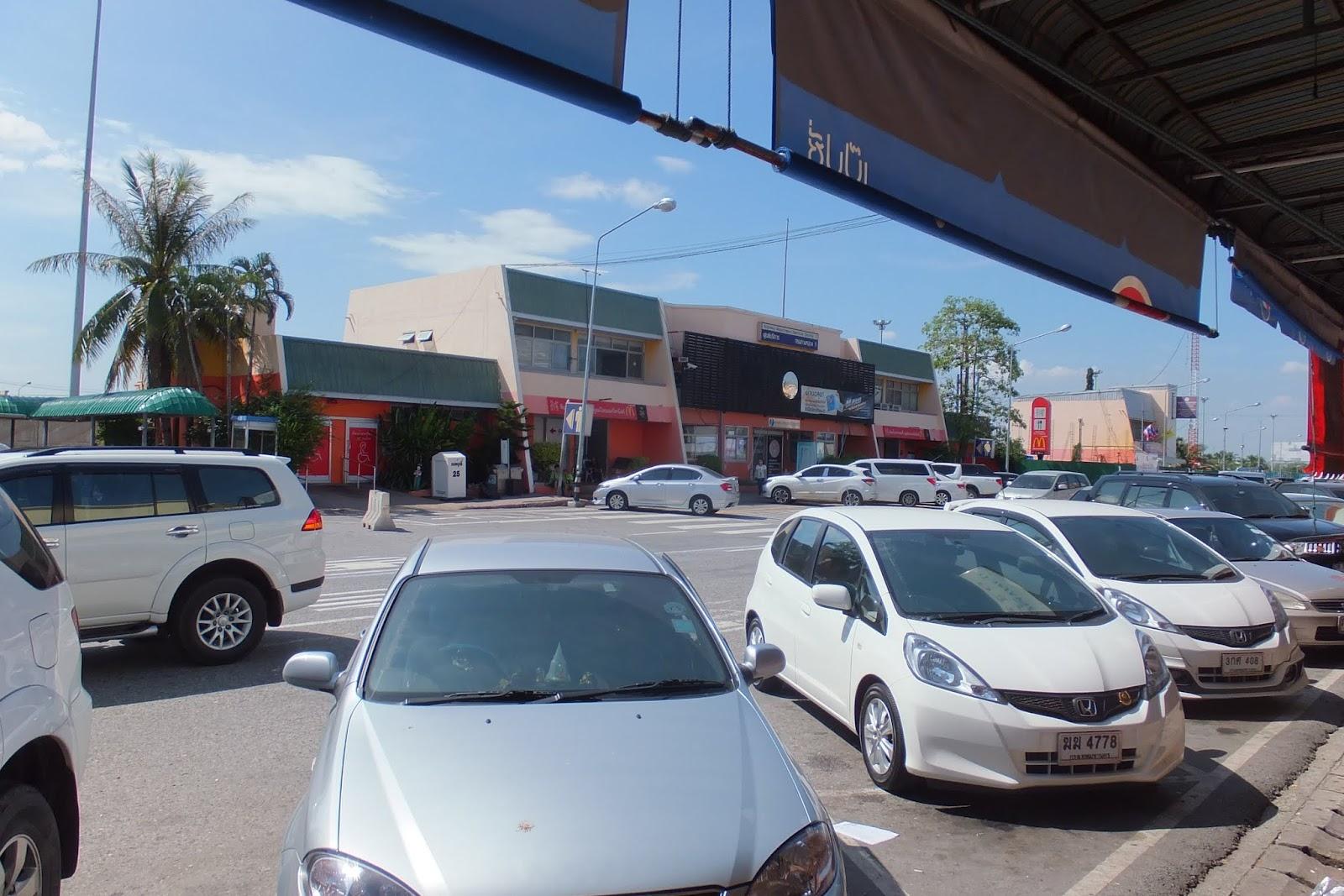 thailand-parkingarea