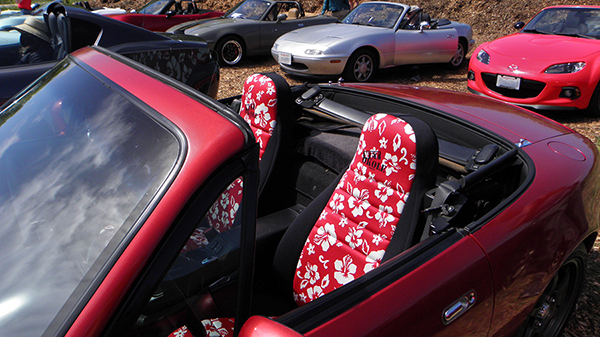Red Miata with Hibiscus Wet Okole Seat Covers