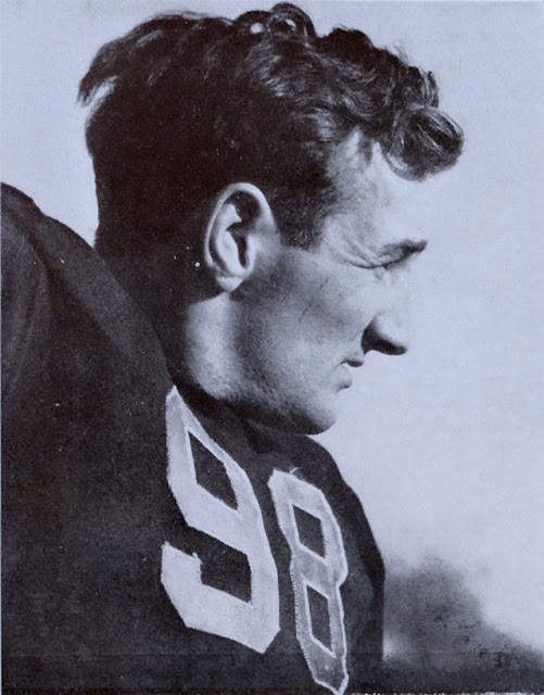 Football star Tom Harmon enlisted in the USAAF on 26 March 1942 worldwartwo.filminspector.com