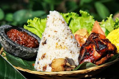 cara membuat nasi liwet sederhana