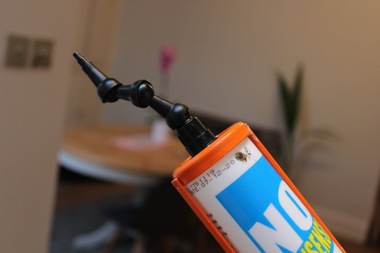 flexible caulk nozzle