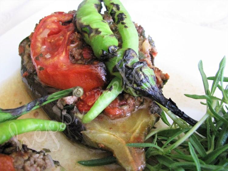 közlenmiş patlıcan ile karnıyarık