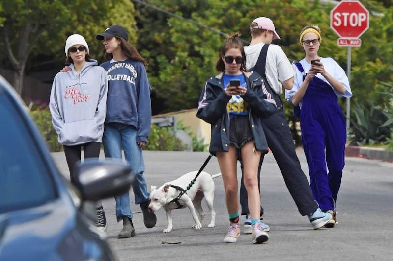 Cara Delevingne, Ashley Benson, Kaia Jordan Gerber, Margaret Qualley, Tommy Dorfman Out in Los Angeles 18 Mar -2020