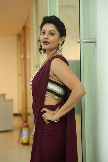 Pooja Kumar Stills At PSV Garuda Vega Success Meet