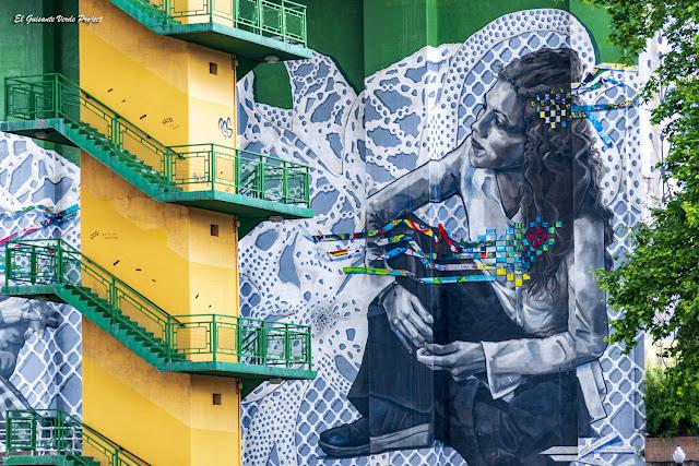 Mural Una LLave, detalle - Bilbao, por El Guisante Verde Project