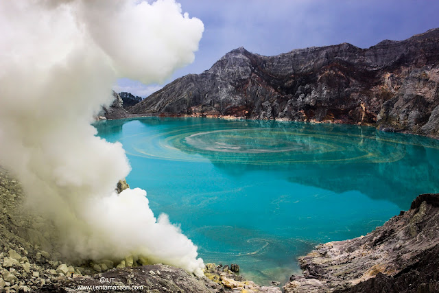 ijen blue fire tour 1 Day, 2D1N, from Bali and Banyuwangi, get it the best price for the Ijen Blue Fire Tour.