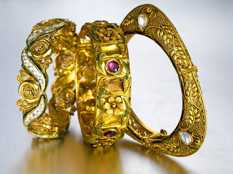 Antique Gold Bangles - Jewellery Designs