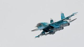 Rusia face exercitii de aterizare a avioanelor de lupata pe autoastrada