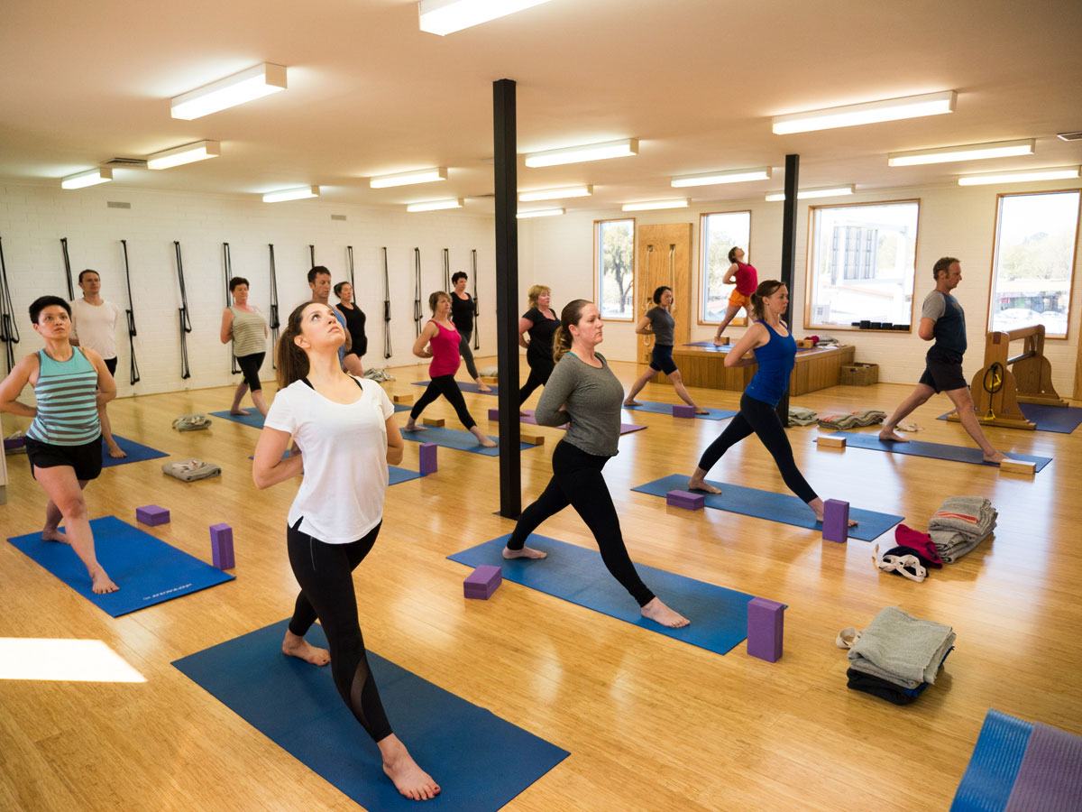 What Are the Benefits of 200 Hour Yoga Teacher Training Class?