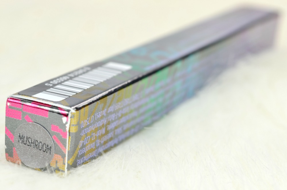 Photo of the Urban Decay eyeshadow pencil packaging