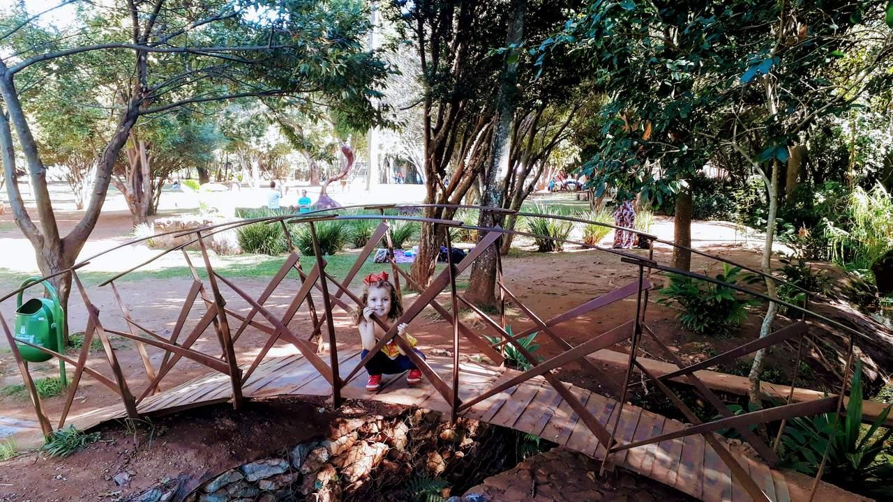 Passeio em Família - Parques de Natureza em Belo Horizonte Passeio em Família - Parques de Natureza em Belo Horizonte