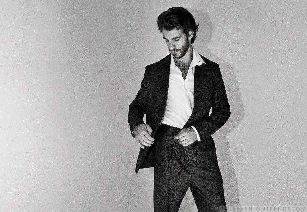 Lorenzo Viotti por Harry Carr para L'Uomo Vogue