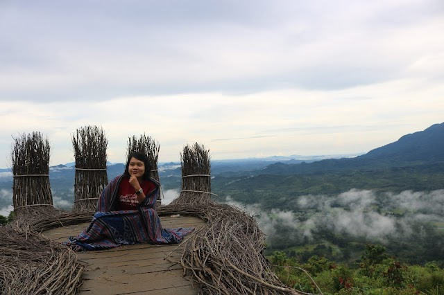 Menikmati Bukit Sepancong Bengkayang, Negeri Atas Awan Kekinian