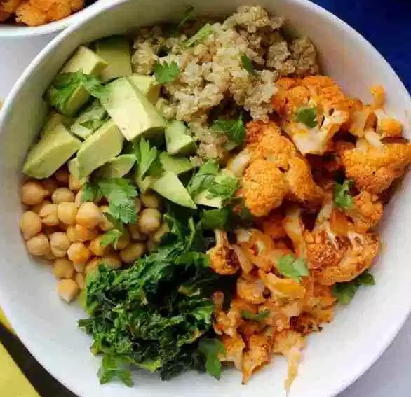 Spicy Cauliflower Power Bowl #vegetarian #glutenfree