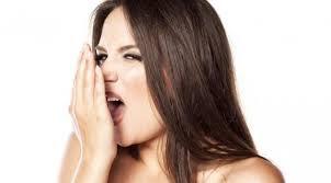 tips menghilangkan bau mulut dengan bahan alami