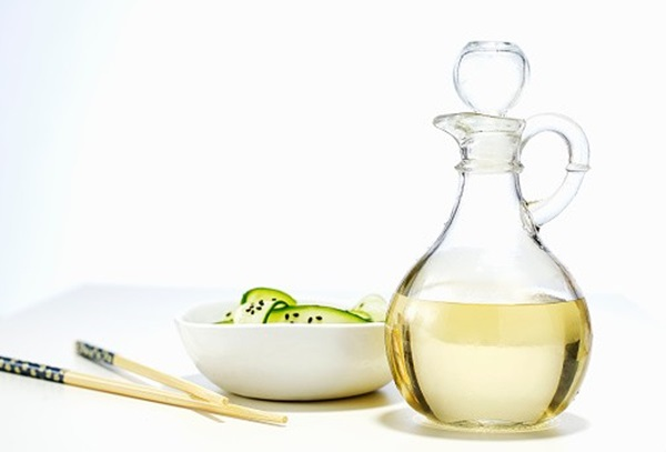 Vinagre Branco para Remover Placa e Tártaro dos Dentes