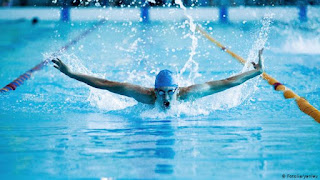 تفسير مشاهدة السباحة في الحلم
