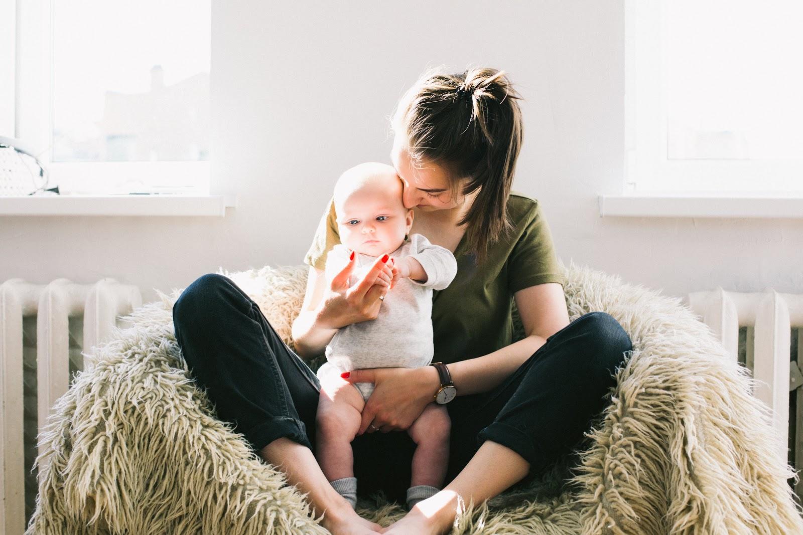 mama, matka, zła matka, czy jestem dobrą matką, niemowlę, macierzyństwo