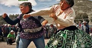 Inilah Tradisi Unik di Bolivia Adu Pukul