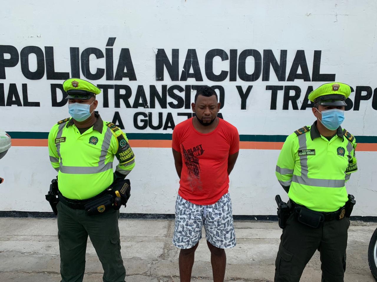 https://www.notasrosas.com/Capturado un ciudadano, de los 18 más buscados en La Guajira