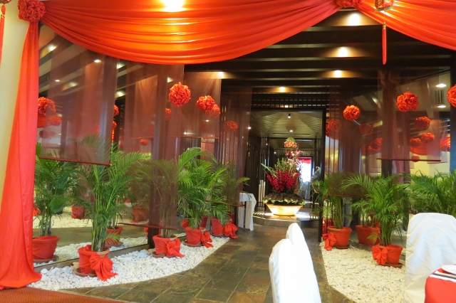 decor for chinese restaurant wedding