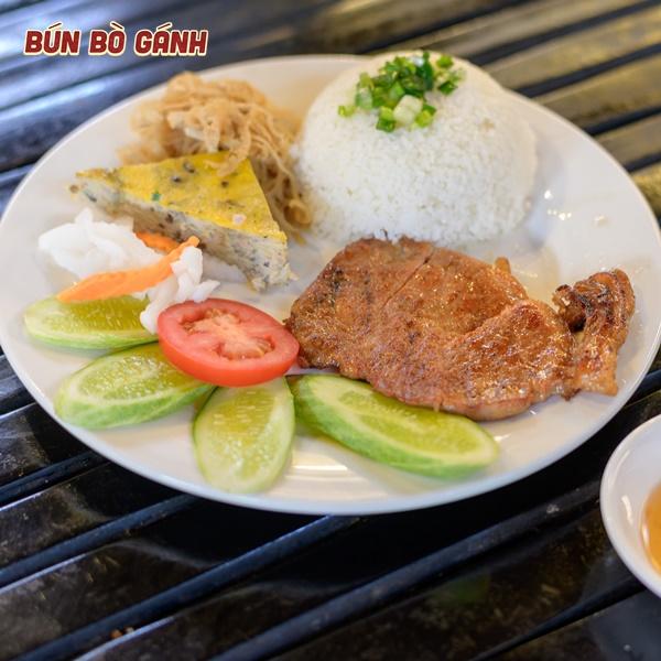 Cơm Tấm Sườn - Broken Rice with Grilled Pork Chop