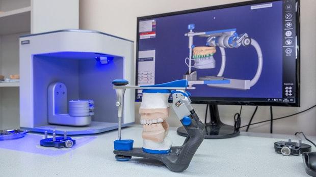 De las prótesis de mandíbula al corazón humano: lo que puede hacer la impresión 3D en la medicina