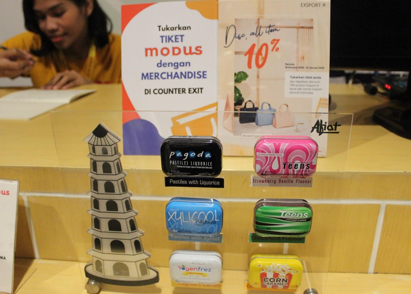 Merchandise Modus Selfie Laboratory