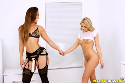 Kelsi Monroe, Khloe Kapri – Wicked Surprise Pt1