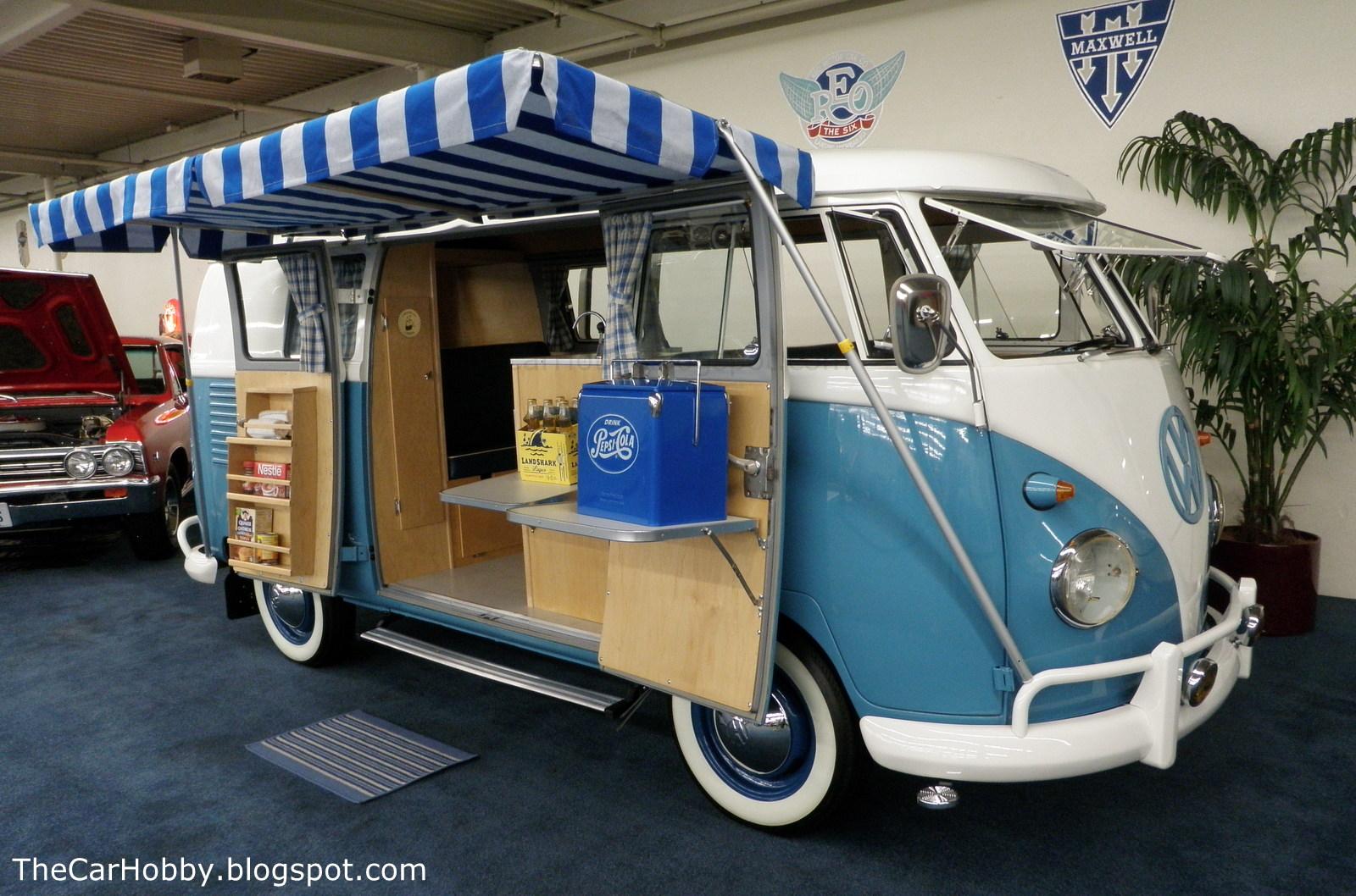 spotted 1961 double door vw camper by caravelle the. Black Bedroom Furniture Sets. Home Design Ideas