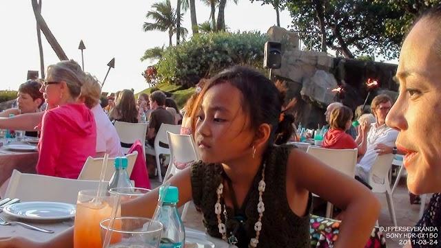 Chesca & Tess - Wailele Luau