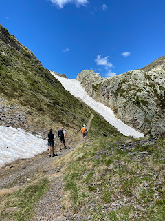 A patch of snow left above Lago Nero on the way to Lago di Aviasco.
